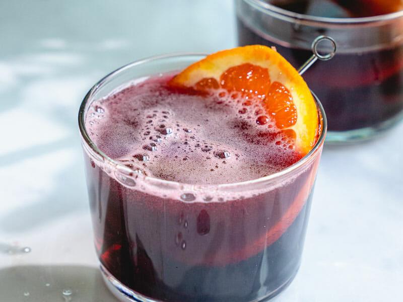 Recettes de cocktails à base de vin pour passer les fêtes de fin d'année